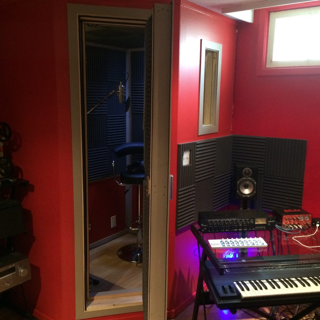 The $500 D.I.Y. Recording Booth